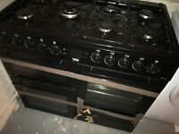 Beko dual fuel range cooker 6 months old. Free standing.