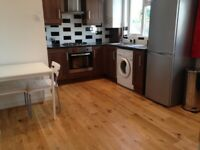 Converted Loft 1 Bed Flat Open Kitchen Dining Sitting Room Lux Shower WC Near Tube Bus Shops Park