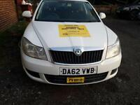 Manchester plate AUTOMATIC taxi, Rossendale plate taxi hire available immediately