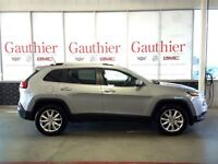 2014 Jeep Cherokee Limited 4WD, Sunroof, Heated Leather Seats