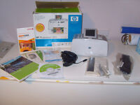**PRINTER BARGAIN**HP photosmart 385 photo printer with box, instructions,disc,cables and blue tooth