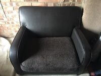 Leather armchair/ loveseat with sofabed