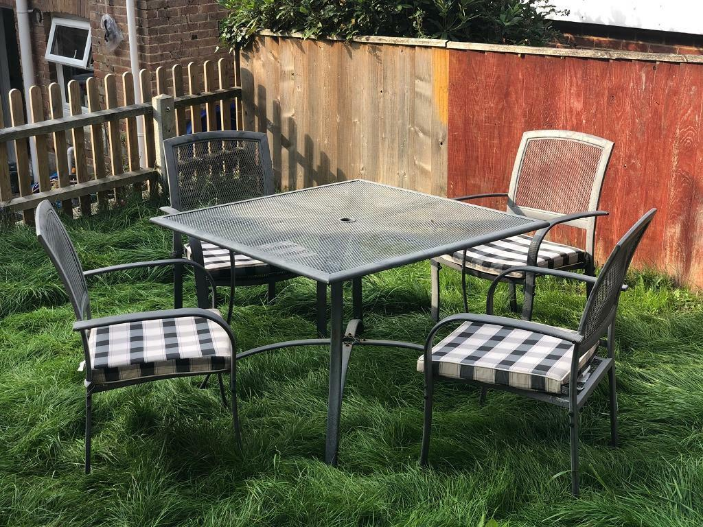 Metal garden set with 4x chairs with cushions