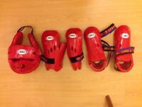 Sparring gear (red) for Tang soo do / Karate / Kung fu For 8-10 years old kids