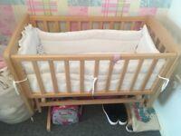 swinging baby crib with matress and bumper