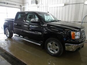 2012 GMC Sierra 1500 SLT All Terrain, Leather, Bose Radio