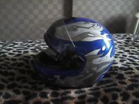 MOTORBIKE HELMET LARGE SIZE BRAND NEW £ 20 NO TEXTS PLEASE THANK YOU