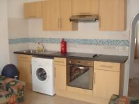 Lovely 3 double bedroom flat in Olympia w14