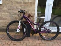 Mountain bikes as new used twice immaculate