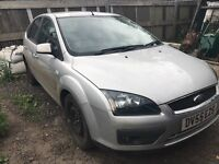 Ford Focus silver front bumper - breaking parts