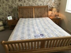 KINGSIZE mattress by Simmons Prestige in excellent condition