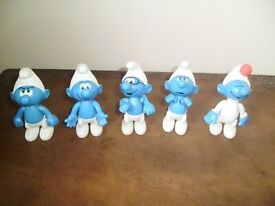 COLLECTION OF 5 SMURFS 10 CM TALL