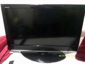 TV TOSHIBA 32 INCH FLAT SCREEN