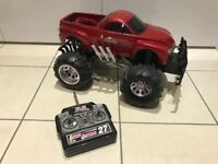 Remote Control Monster Truck 4 x 4 Radio Controlled Car