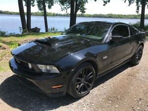 2011 Ford Mustang GT TRACK PACK  5.0L 450HP 6 VIT