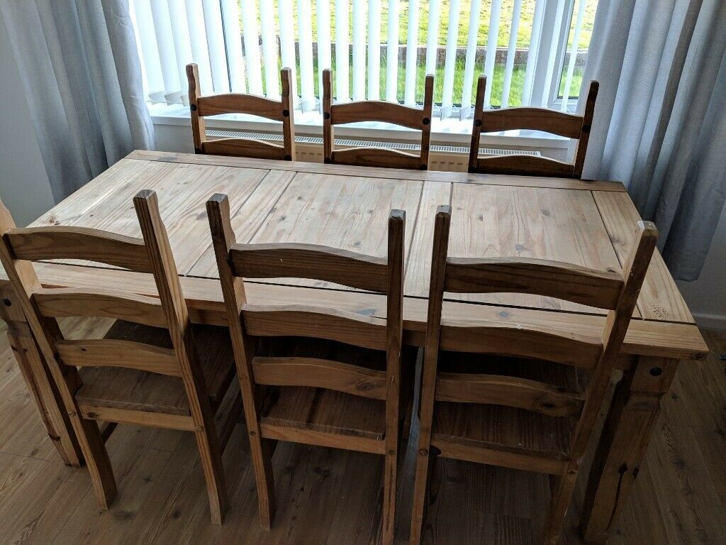 pine dining room table and chairs  in st fagans cardiff