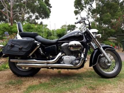 Honda Shadow VT750C2 VT 750 Cruiser 2000