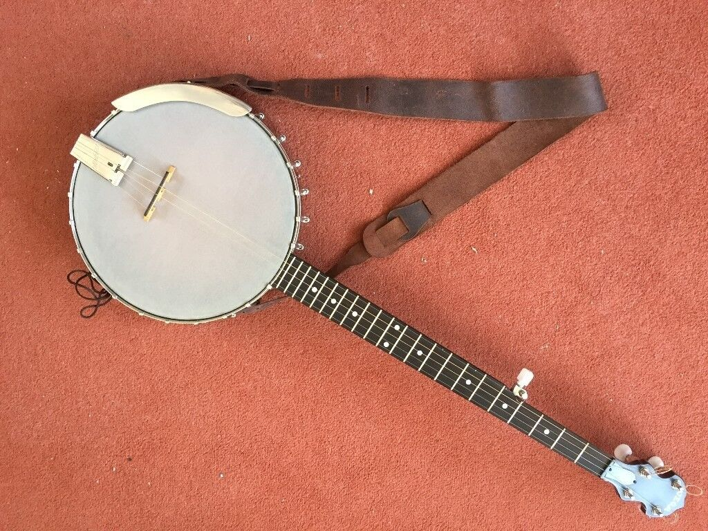 Deering Vega Little Wonder 5-string open-back banjo + Deering strap + hard  case   in Winchester, Hampshire   Gumtree