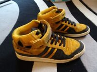 Mens Adidas Hi-Tops Trainers Size 10