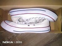 Converse size 5