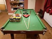 Snooker table with accessories