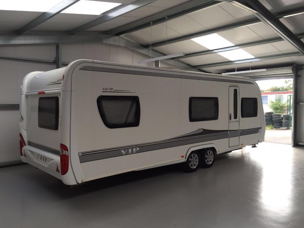 2009 2010 hobby 640 vip twin axle 5 berth touring caravan fixed bed in nunthorpe north. Black Bedroom Furniture Sets. Home Design Ideas