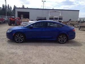 2015 Chrysler 200S -