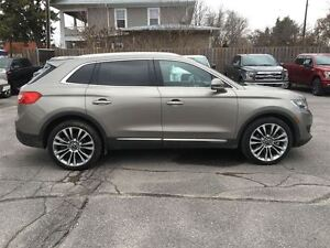 2016 Lincoln MKX AWD...1-owner trade, Only 15000K, Moonroof, Htd Kingston Kingston Area image 9