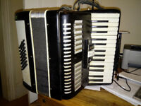 Lightweight accordian - good for all ages