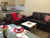 Large 3 double bedroom property for students!!
