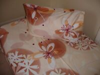 Natural sateen set of flat sheet and pillowcase. Single size. Floral design