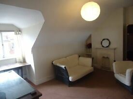Top floor 1 bedroomed conversion. Set within 1 minute(approx) of Highgate tube station(zone 3