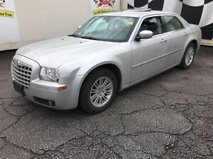 2009 Chrysler 300 Touring, Automatic, Sunroof, Only 42,000km