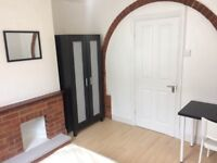 Newly Renovated Double Bedrooms, All Bills Included