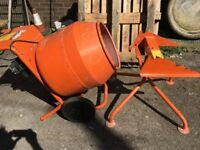 Belle 150 mini 230 volts cement mixer with stand