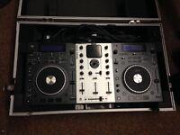 Numark mix deck and hard travel case