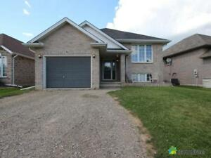 $395,000 - Raised Bungalow for sale in Brantford
