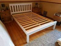 White solidwood beds all size free assembly service