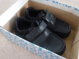 Clarks boys school shoes infant size 10H - nearly New