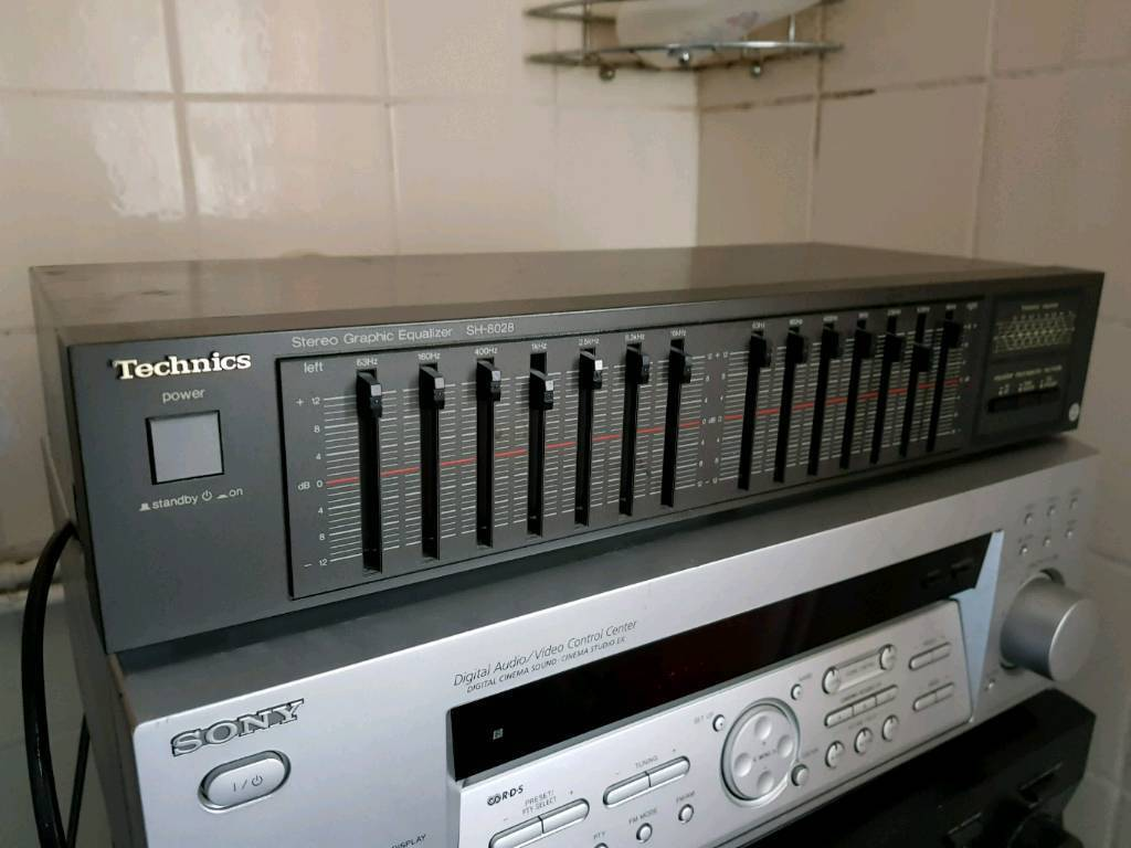 Technics equalizer good condition all working perfectly amp amplifier