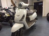 Sym fiddle 50cc (white) good for learners
