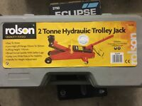 **HYDRAULIC TROLLY JACK**