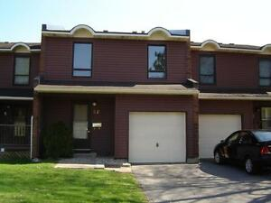 Bells Corners (Arnold Lane) 4 Bedroom Townhome For Rent