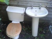 Cream/Beige Bathroom suite: toilet and sink with pedestal in good condition. Bargain. Bath also