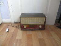 vintage Philips radio, working