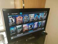"""Samsung 32"""" Smart LCD TV Others Listed FreeView Built In 3 HDMI HD Ready 720p"""