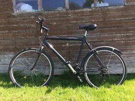 Men's 54cm black hybrid townsend road bike