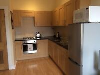 2 Double bedroom and Boxroom Flat Springvalley Gardens Morningside