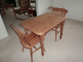 Pine Kitchen Table and Chairs