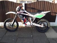Husqvarna wr 250 2009 enduro road-legal 2 stroke may swap Px sports bike